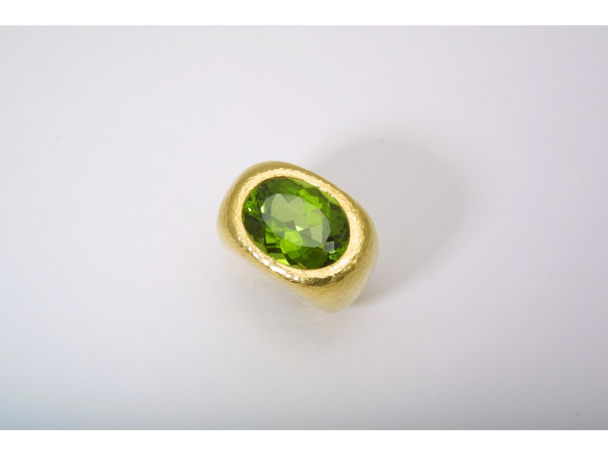 Ring Peridot 15,95 ct 34,54 gr | 100.090.698.307