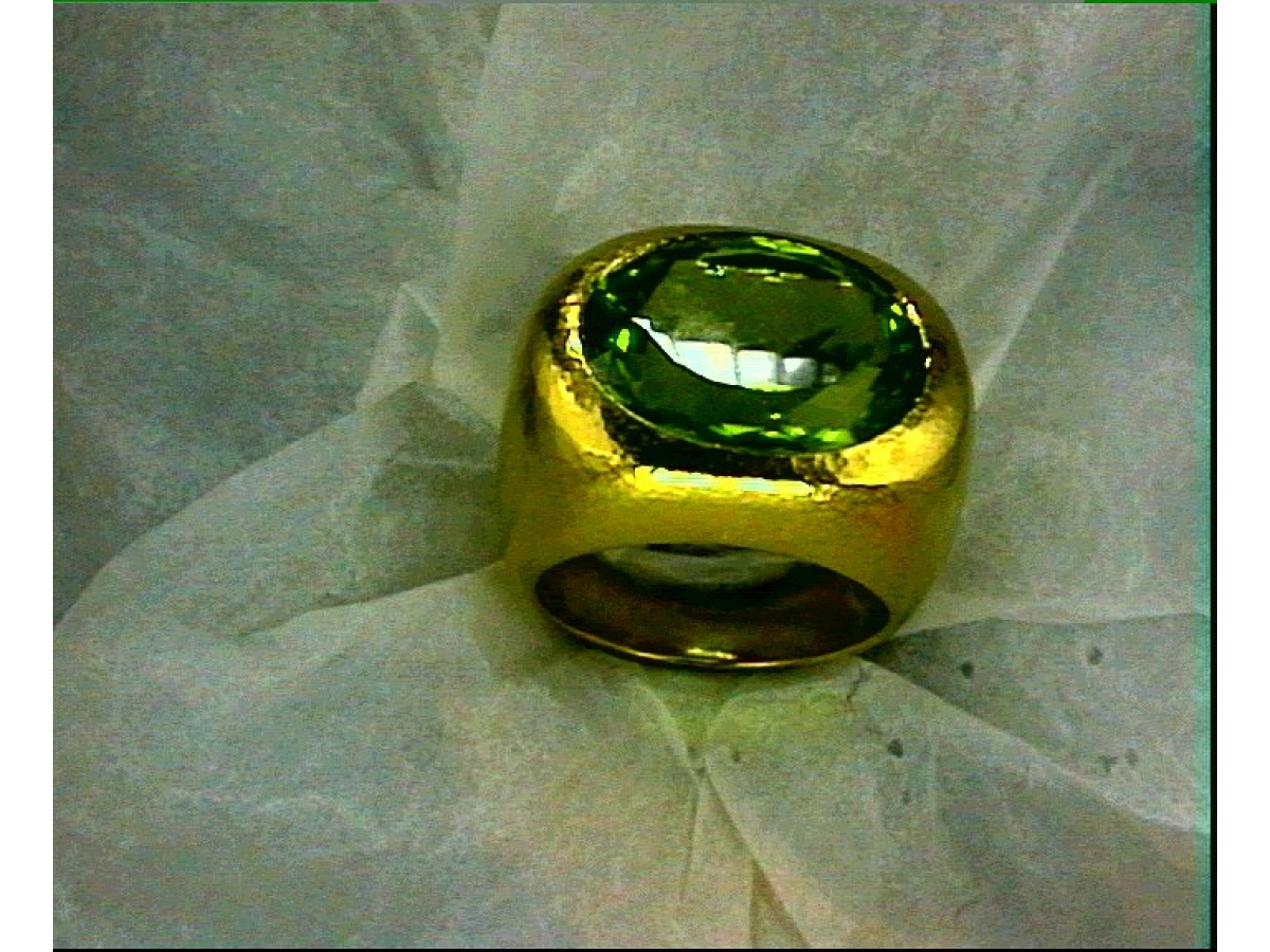 Ring* Peridot 18,83 ct - 26,5 g | 100.511.501.041