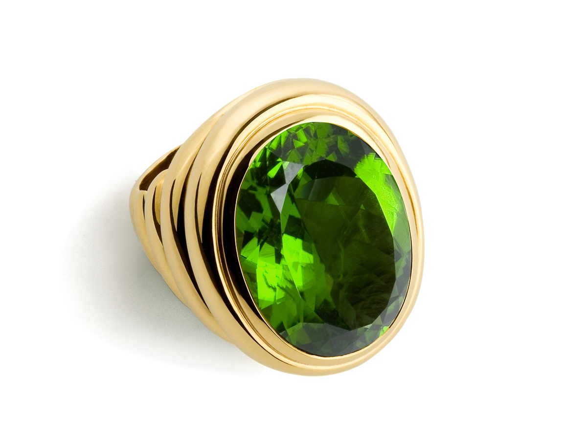 Ring 22 Karat GG 34g Peridot 30,3 ct | 100.370.798.260