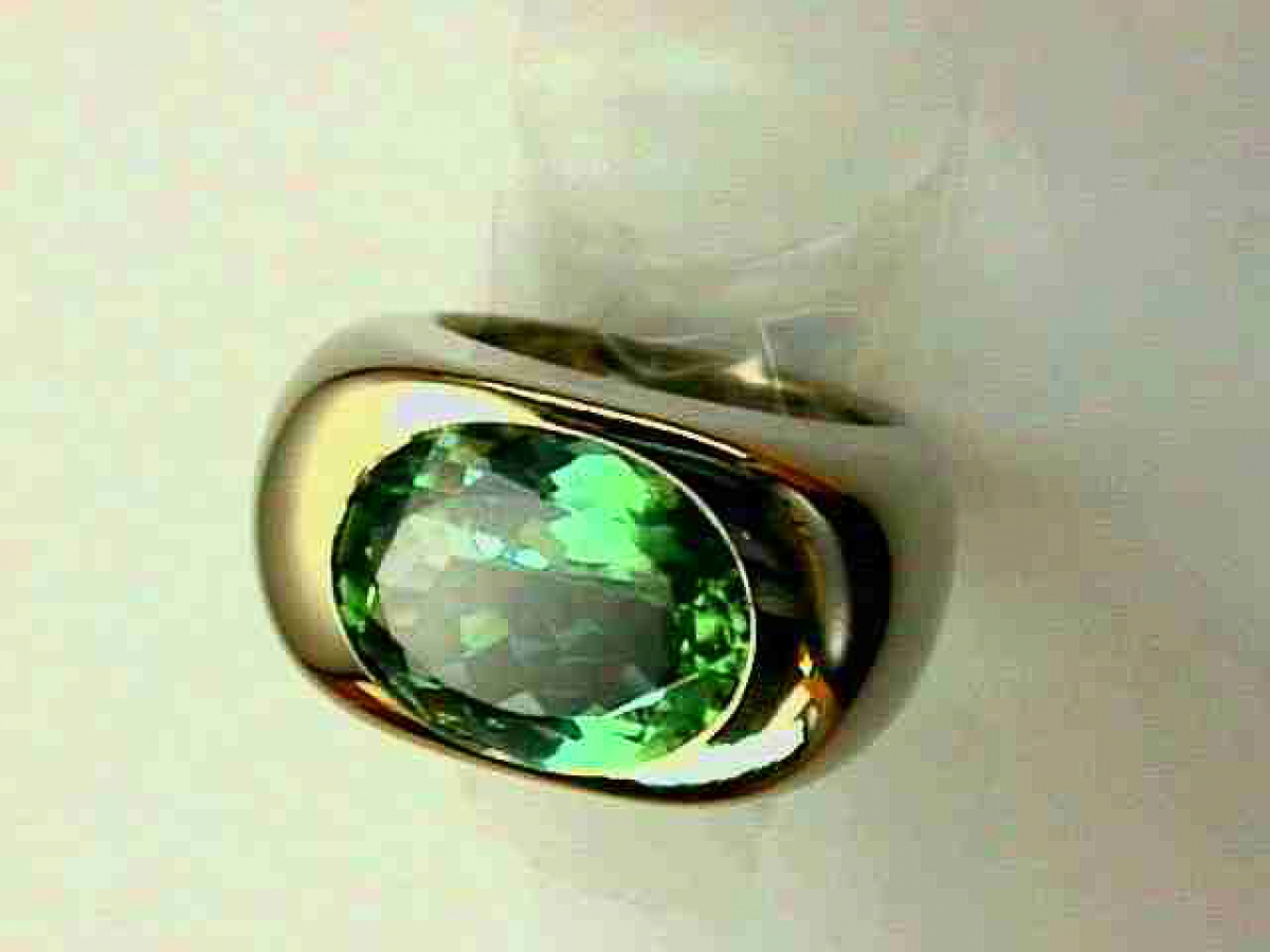 Ring* wg hellgr.Turmalin 7,39 ct 23,5 gr | 100.310.798.070