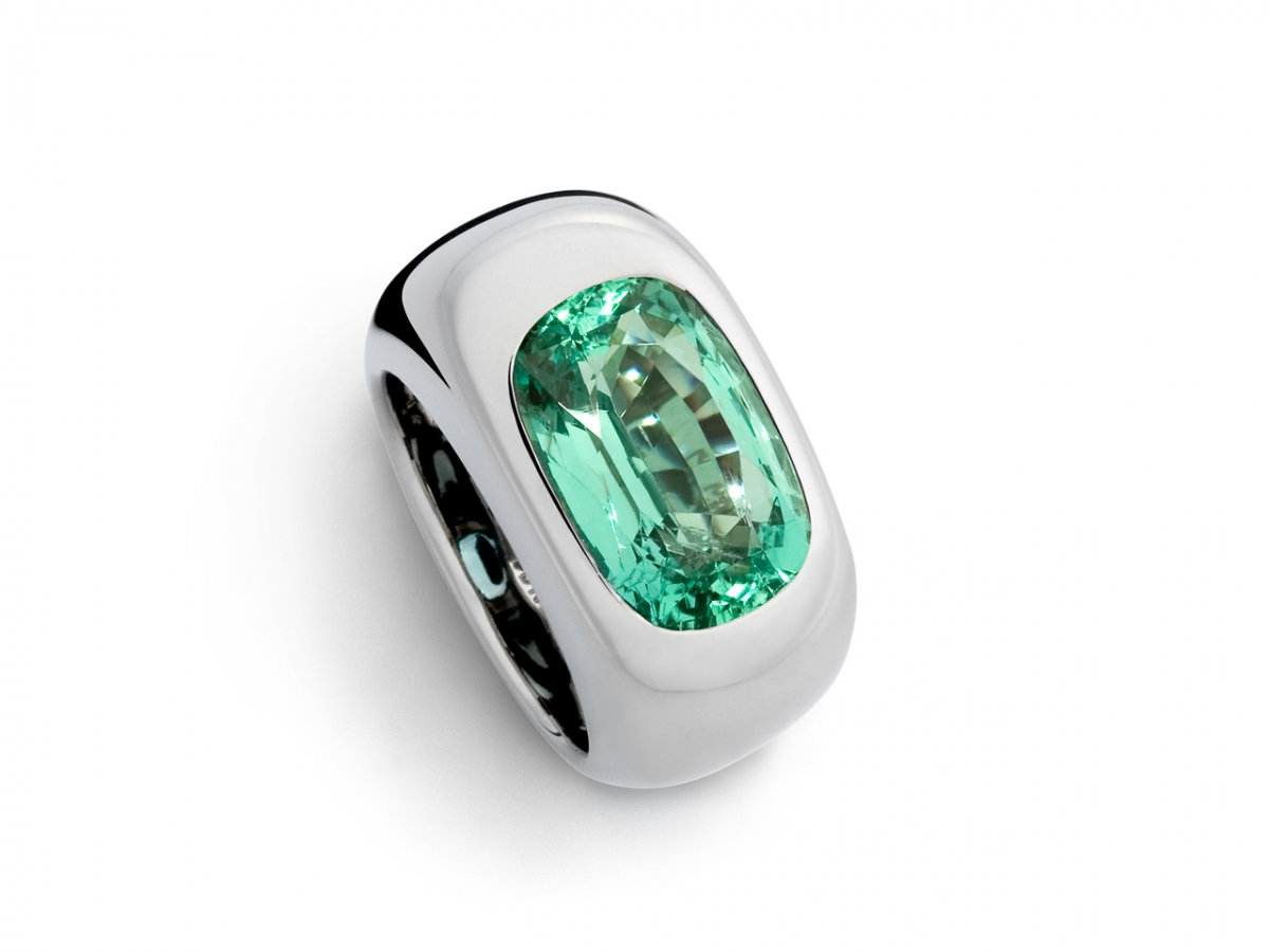 Ring 18 Karat WG 25g Smaragd 7,75 ct | 100.441.099.248