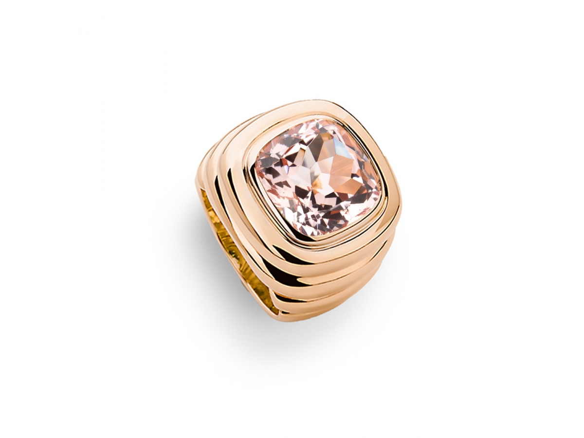 Ring 18 Karat Roségold 25,3 g, Morganit 9,37 ct